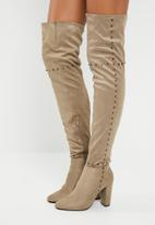 STYLE REPUBLIC - Studded thigh high - beige