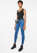 Missguided - Anarchy mid rise skinny jeans - blue