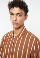 New Look - Ginger stripe viscose shirt - brown & white