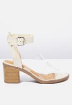 Cotton On - Faux leather stack heel - neutral & clear