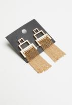 Vero Moda - Tassy tassel earrings - gold