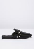 Cotton On - Faux leather stud mule - black & silver