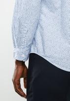STYLE REPUBLIC - Vacay long sleeve shirt - blue & white