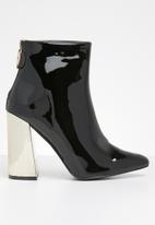 Superbalist - Piper ankle boot - black & gold