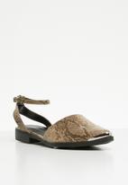 Superbalist - Zoe ankle strap pump - brown