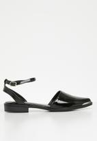 Superbalist - Zoe ankle strap pump - black