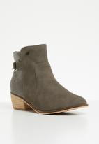 Miss Black - Keynia boot - grey