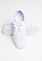 PUMA - Basket Crush Emboss - Puma white-Puma silver