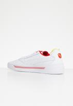 PUMA Select - Cali-0 drive thru CC - Puma white-blazing yellow-high risk red