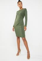 Superbalist - Rouged long sleeve bodycon - green