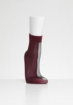 Hysteria - Flippa nylon ankle sock - burgundy & black