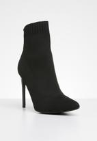Missguided - Pointed toe knitted sock boot - black