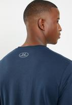 Under Armour - Sportstyle logo LS tee - navy