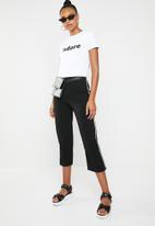 STYLE REPUBLIC - Jadore T-Shirt - black & white