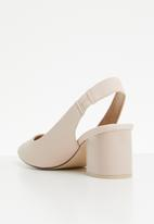 Call It Spring - Giovani back-strap block heel - pink