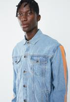 Superbalist - Denim trucker jacket - blue