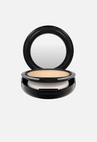 MAC - Studio fix powder plus foundation - nc30