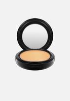 MAC - Studio fix powder plus foundation - nc43