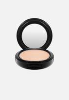 MAC - Studio fix powder plus foundation - nw20
