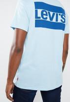 Levi's® - Sportswear logo graphic SSNL tee - blue