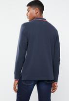 Levi's® - Long sleeve modern HM polo patch tee - navy