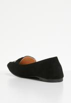 Butterfly Feet - Fortune faux suede bow detail flat loafer - black