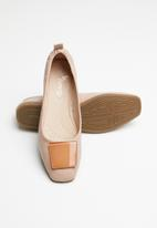 Butterfly Feet - Selby back elastic pump - pink
