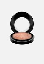 M·A·C - Mineralize skinfinish - soft & gentle