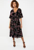 ONLY - Emilia wrap midi dress - black & purple