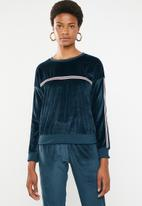 Brave Soul - Velour sweatshirt with side tape - navy