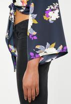 STYLE REPUBLIC - Kimono floral blouse - navy