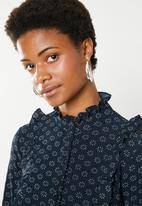 Brave Soul - Floral blouse with ruffles - navy