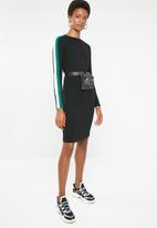 Brave Soul - Long sleeve bodycon midi with side stripe - black