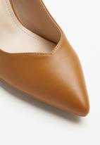 Plum - Annie cone heel - tan