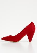 Plum - Genie cone heel pump - red