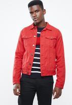 Superbalist - Colour Slim Denim Trucker Jacket - red