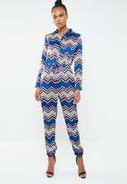 Missguided - Chevron long sleeve utility jumpsuit - multi