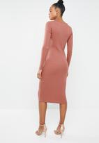 Missguided - Ribbed popper midi dress - pink