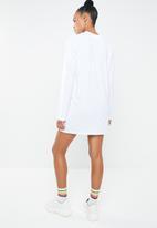 Missguided - T-shirt dress long sleeve - white
