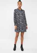 Superbalist - Western shirt dress - black & grey