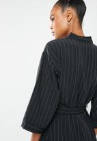 Superbalist - kimono - black & white