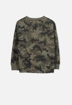Cotton On - Tom loose fit camouflage tee - multi