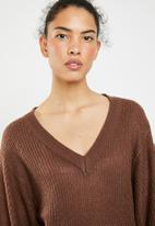 Brave Soul - Lightweight ribbed jersey with balloon sleeve - brown