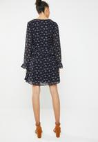 Brave Soul - Long sleeve floral dress with ruffle waist - navy