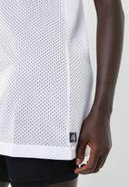 Reebok - Workout MYT mesh basketball tank - white