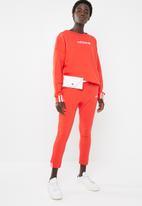 adidas Originals - Coeeze sweat - red