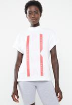PUMA - XTG Graphic tee - white