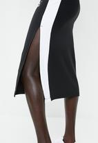 PUMA - Classics rib skirt - black