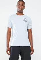 Reebok - Ost activchill graphic tee - grey