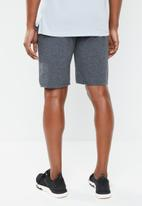 Reebok Classic - Mens elements shorts - charcoal
